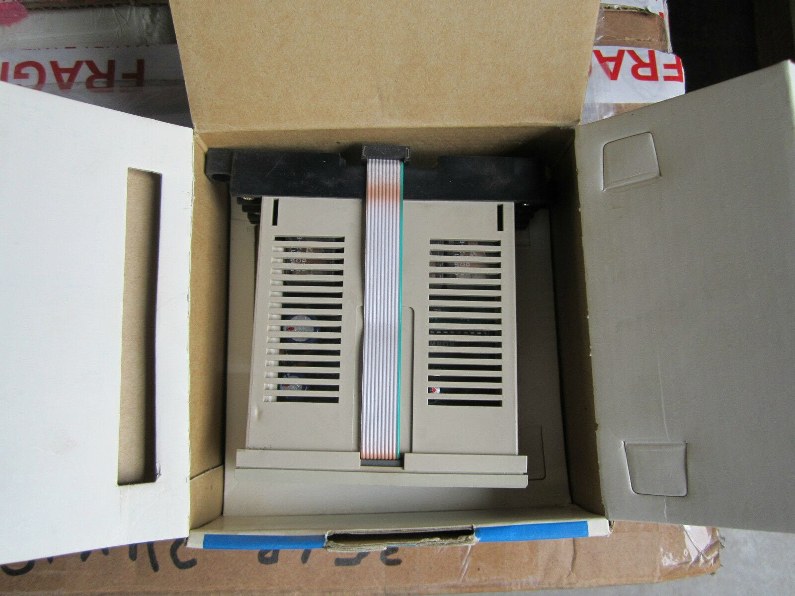 OMRON 3G2A3-OC221 Programmable Controller 250VAC 2A 3G2A3-0C221 *Fully Working*