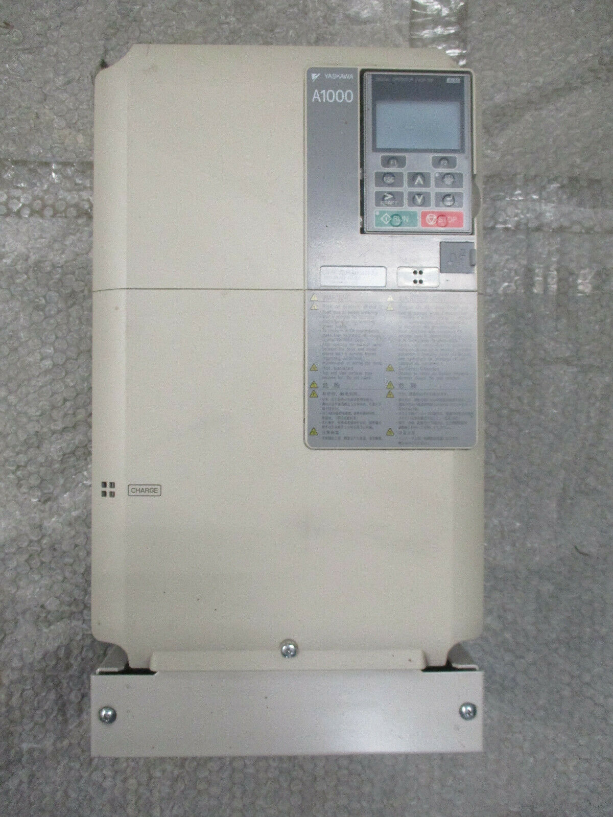 Yaskawa CIMR-AU4A0044FAA A1000 AC Drive 380-480VAC 44A/39A REV: D *TESTED*